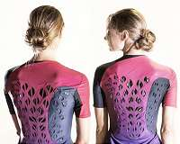 Self-ventilating workout suit keeps athletes cool and dry
