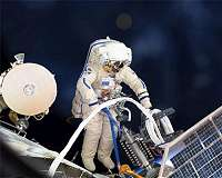 Russian scientists to study if space suits can bring microbes into ISS from exterior