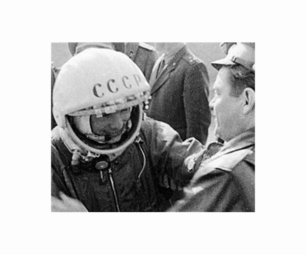 Image Russians celebrate 60 years since Gagarin's spaceflight