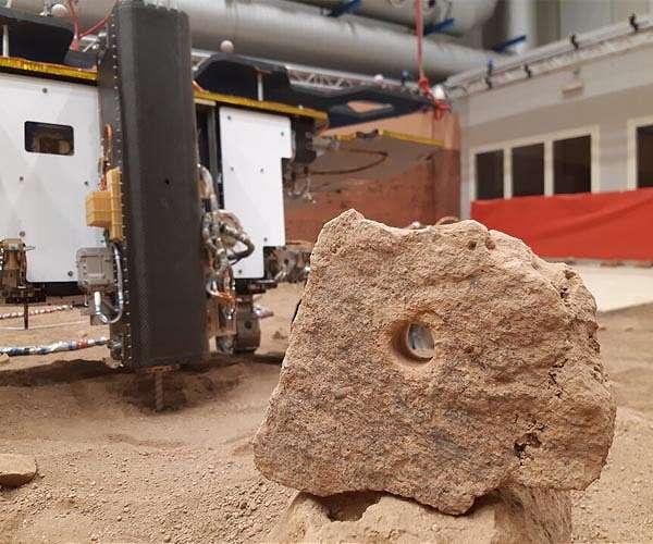 esa-exomars-rosalind-franklin-twin-rover-drill-test-hole-hg.jpg