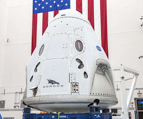 spacex-crew-dragon-spacecraft-final-launch-processing-hg.jpg