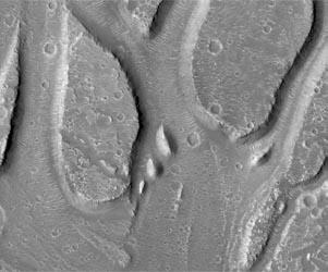 maro-hebrus-valles-water-outflow-channels-lg.jpg