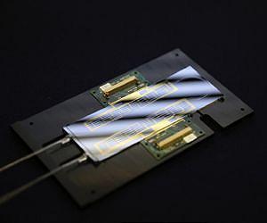 [Image: silicon-based-quantum-optics-lab-on-a-chip-lg.jpg]